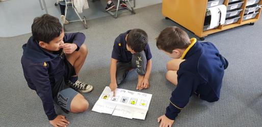 Flynn and Swayde teaching their buddy the different feelings in Maori 8